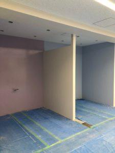会議室の壁がホワイトボード